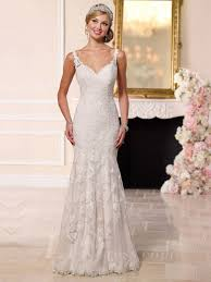 wedding dresses with straps lace straps fit and flare sweetheart wedding dress with scalloped