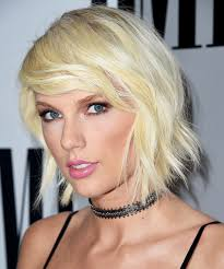70 s style shag haircut pictures taylor swift s shaggy haircut instyle com