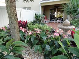 Backyard Landscaping Ideas For Small Yards by Florida Landscape Design Ideas Courtyard Features Construction