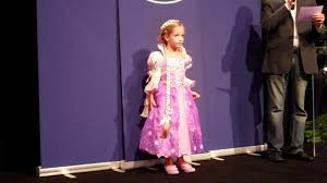 Halloween Usa Costumes Locations Disney Store Halloween Costume Ideas And Princess Parade Youtube