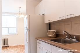 Kitchen Cabinets Etobicoke 137 Lindylou Road Etobicoke Is For Rent