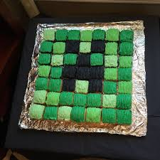 minecraft creeper cake i used a individual square brownie pan