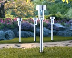 solar powered landscape lights reviews solar powered landscape