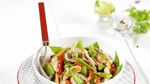 cuisiner un poulet recette fricassée de poulpe au poulet et petits légumes cuisiner