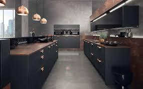 küche schwarze küche bilder ideen für dunkle küchen küchenfinder