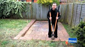 how to put up a fence with wickes youtube