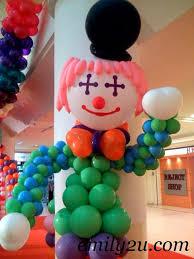 clown balloon clown balloon sculptures from emily to you