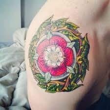 tudor rose tattoo by boomer at painless ric u0027s located in camas wa
