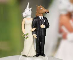 nerdy wedding cake toppers creepy wedding cake topper