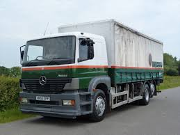 mercedes benz 2528 6 x 2 curtainsider