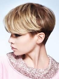 Kurzhaarfrisuren F Junge Frauen by Mode Kurzhaarfrisuren Frauen Blond Jungen Mit Frau Haar Frisuren