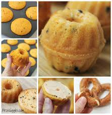 Halloween Bundt Cake Mini Pumpkin Cakes