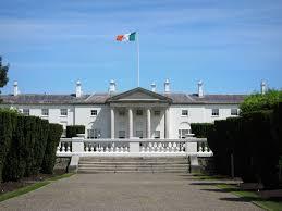 Flag Of Dublin Ireland Aras An Uachtarain Phoenix Park Dublin City U2013 1751 U0027house Of