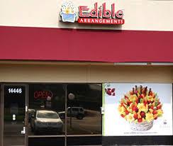 fruit arrangements dallas tx edible arrangements 14446 midway rd dallas tx 75244