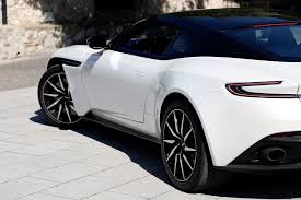 2018 aston martin db11 v 2018 aston martin db11 v8 first drive review digital trends