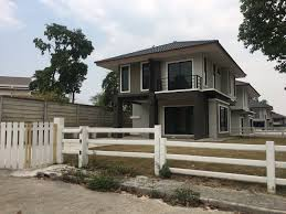 unfurnished 3 bedroom double story house long stay hub unfurnished 3 bedroom double story house