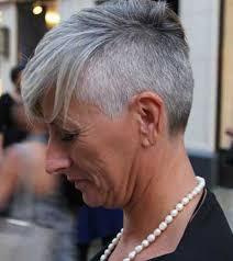 Bob Frisuren Graue Haare by Spektakuläre Kurzen Grauen Haaren Pics