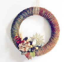 diy wreaths diy wreath fall yarn wreath tutorial babble dabble do