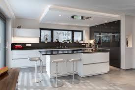 design interieur cuisine cuisine ouverte au style moderne kitchnen salons and
