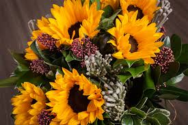 flowers canada best florist canada the prettiest flower shops in your city flare