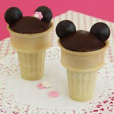 mickey and minnie cone cakes disney family