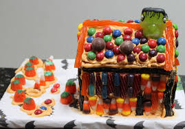 diy graham cracker haunted houses homemade food junkie
