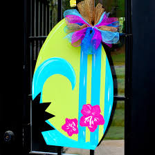 summer door hanger surfboard door decoration by looleighscharm