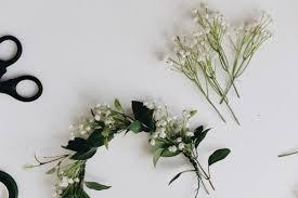 Baby S Breath Flower Lovely Spring Diy Baby U0027s Breath Flower Crown To Make Styleoholic