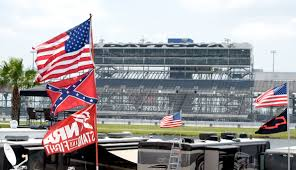 Confederate Flag Alabama Nascar Fans Defend Display Confederate Flag At Daytona Nbc News