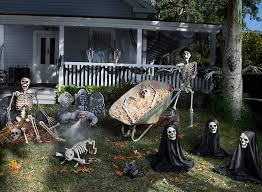 Haunted Backyard Ideas Create Hilarious Haunting With Skeletons Tombstones And