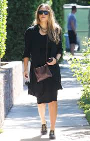 Comfortable Shoes Pregnancy Pregnant Jessica Alba Wears Affordable Nine West Loafers