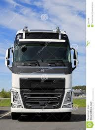 2015 volvo semi truck semi truck front vector