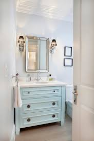 10 pretty powder rooms we love