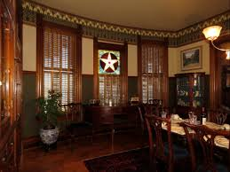 devenco authentic victorian shutters interior bi fold shutters were quite popular in the victorian era this victorian cottage in port townsend has been fully restored to it s original design