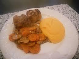 cuisiner des paupiettes de veau au four paupiettes de veau au four avec ses petits légumes et sa purée