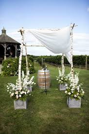chuppah poles ceremony décor photos alfresco ceremony chuppah inside weddings