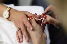 this is how much to tip at the nail salon to avoid future tipping