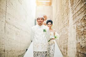 portland wedding photographers bunn salarzon wedding photographer portland wedding