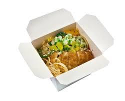cuisine à emporter porc rôti et udon nouille nourriture à emporter photo stock