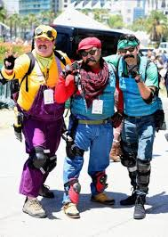 people dressed up at comic con