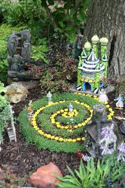 Wizard Of Oz Home Decor by A Fairy Garden For Elizabeth Gardening Nirvana Elizabeths Bed