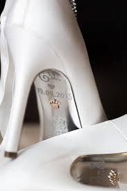 wedding shoes queensland an effortlessly real wedding in queensland australia mrs2be