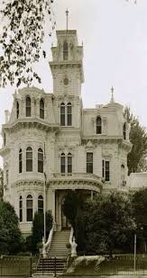 Small Victorian Houses Victorian House Restored To Its Former Glory W 5 Story Turret