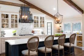 Small Kitchen Design Pictures And Ideas Fixer Upper Season Four Kicks Off With A Bang Hgtv U0027s Decorating