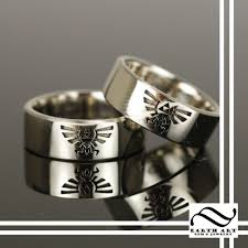 Star Wars Wedding Rings by Womens Batman Wedding Ring Wedding Rings Wedding Ideas And