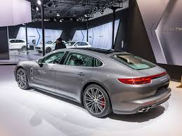 porsche panamera interior 2018 2018 porsche panamera the long and short of it kelley blue book