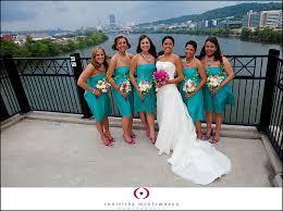 please help with bouquet colors for black and blue dresses