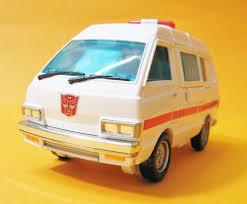 nissan cherry vanette transformers masterpiece mp 30 cybertron medic ratchet變形金剛傑作