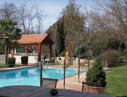 pare vent verre barrière de protection fixe en verre de piscine atlantek