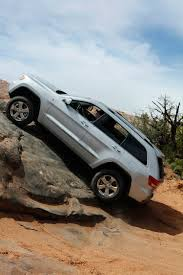 jeep grand cherokee overland 2011 jeep grand cherokee reviews and rating motor trend
